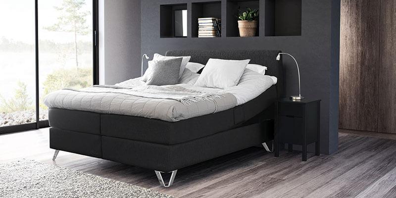 Jensen prestige seng med stålfødder