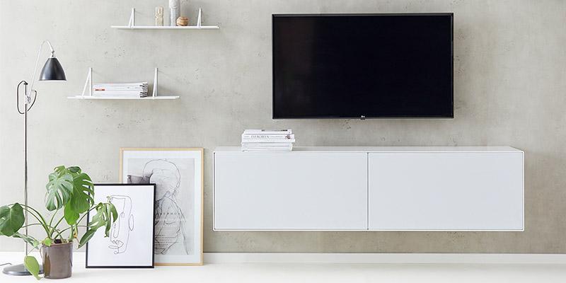 Klassisk og minimalitisk reolopstilling